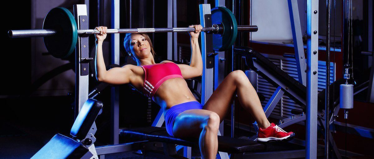 Waarom zijn borstoefeningen zo belangrijk voor een vrouw?